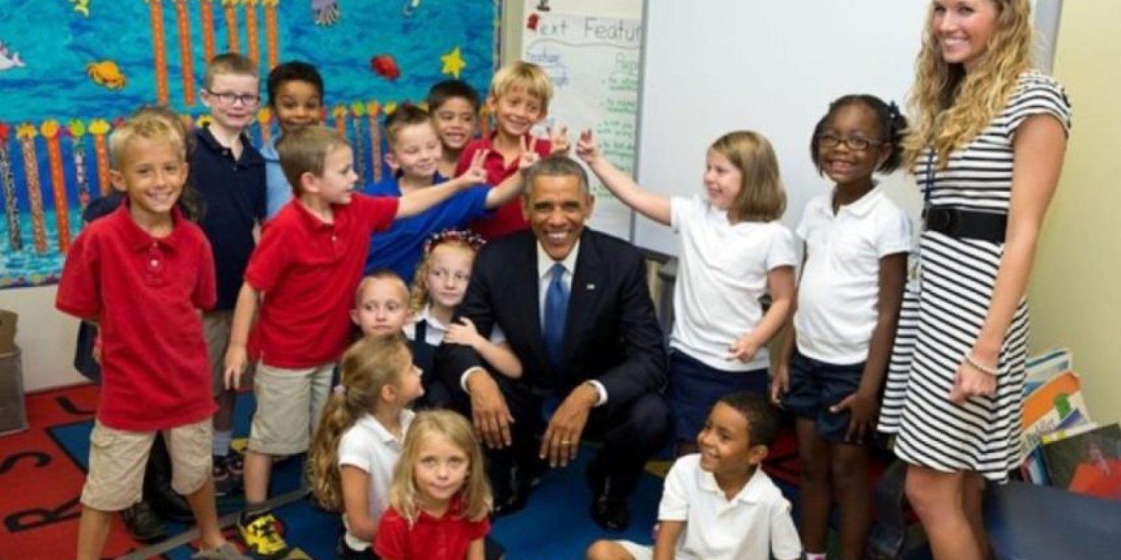 El presidente no se enoja si lo molestan poniéndole cuernos. Foto: Vía whitehouse.gov/photos