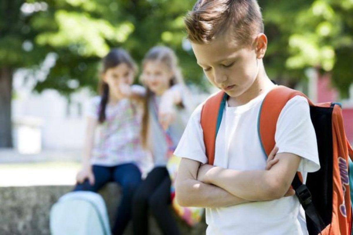 Hiperactividad. Los autistas por momentos suelen tener una conducta hiperactiva; se mueven de un lado para otro, posteriormente se quedan quietos y no les gusta ser molestados, no les gusta que los topen o que los quieran cargar. Foto:Fuente externa