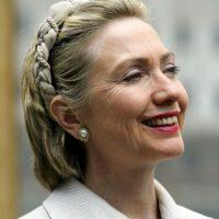 2002. Le da una oportunidad a los accesorios en el cabello. Foto:Getty Images