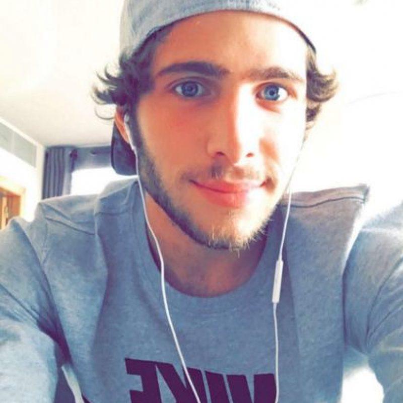 Este mediocampista español tiene 24 años. Foto:Vía instagram.com/sergiroberto