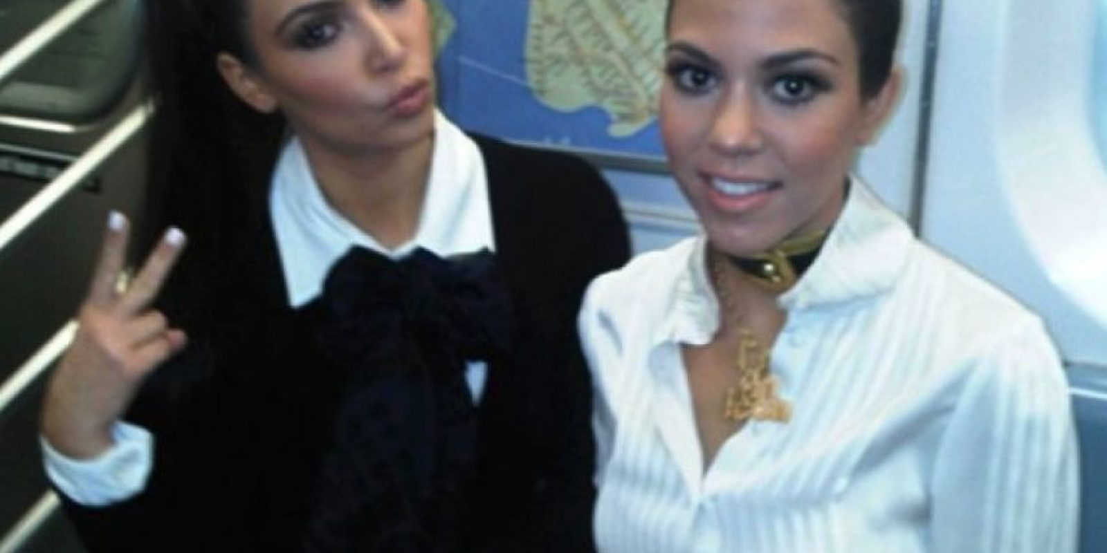 Kim y Kourtney Kardashian F Foto: Vía celebritiesonthesubway.tumblr.com
