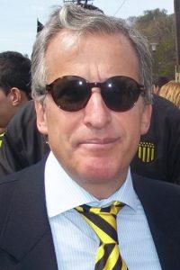 """Trabajó al menos para siete compañías """"offshore"""", las cuales están vinculadas a Eugenio Figueredo, exvicepresidente de la FIFA, protagonista del escándalo del """"FIFA Gate"""". Al conocerse este escándalo, fue suspendido del Comité de Ética de la FIFA, quien llevará a cabo la investigación correspondiente. Foto:Wikimedia"""