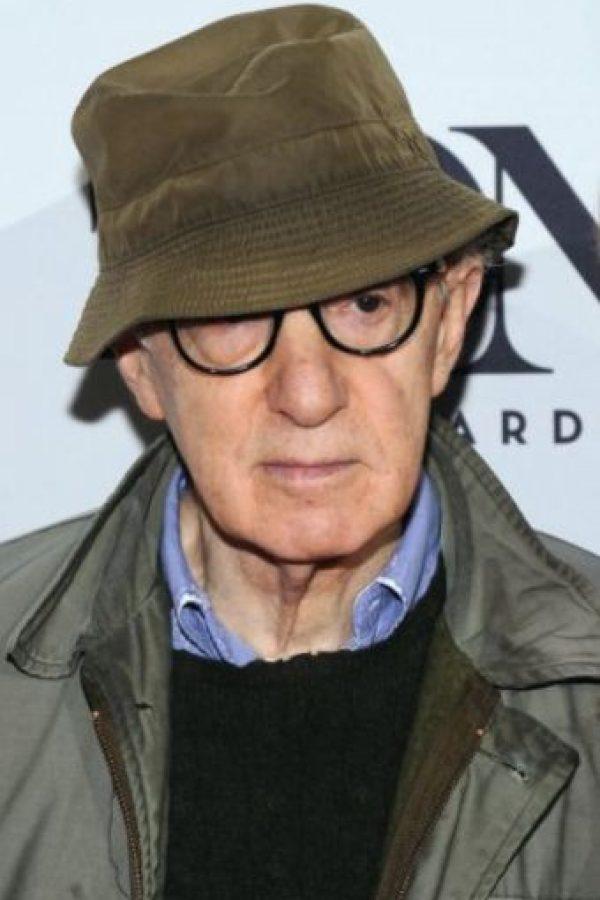 Woody Allen fue acusado de abusar de una de sus hijas. Este siempre lo ha negado todo. Foto:vía Getty Images