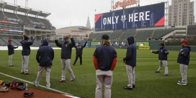 Pospone juego entre Boston y Cleveland por mal tiempo