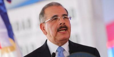 Danilo llama a los periodistas a seguir la ética y la objetividad
