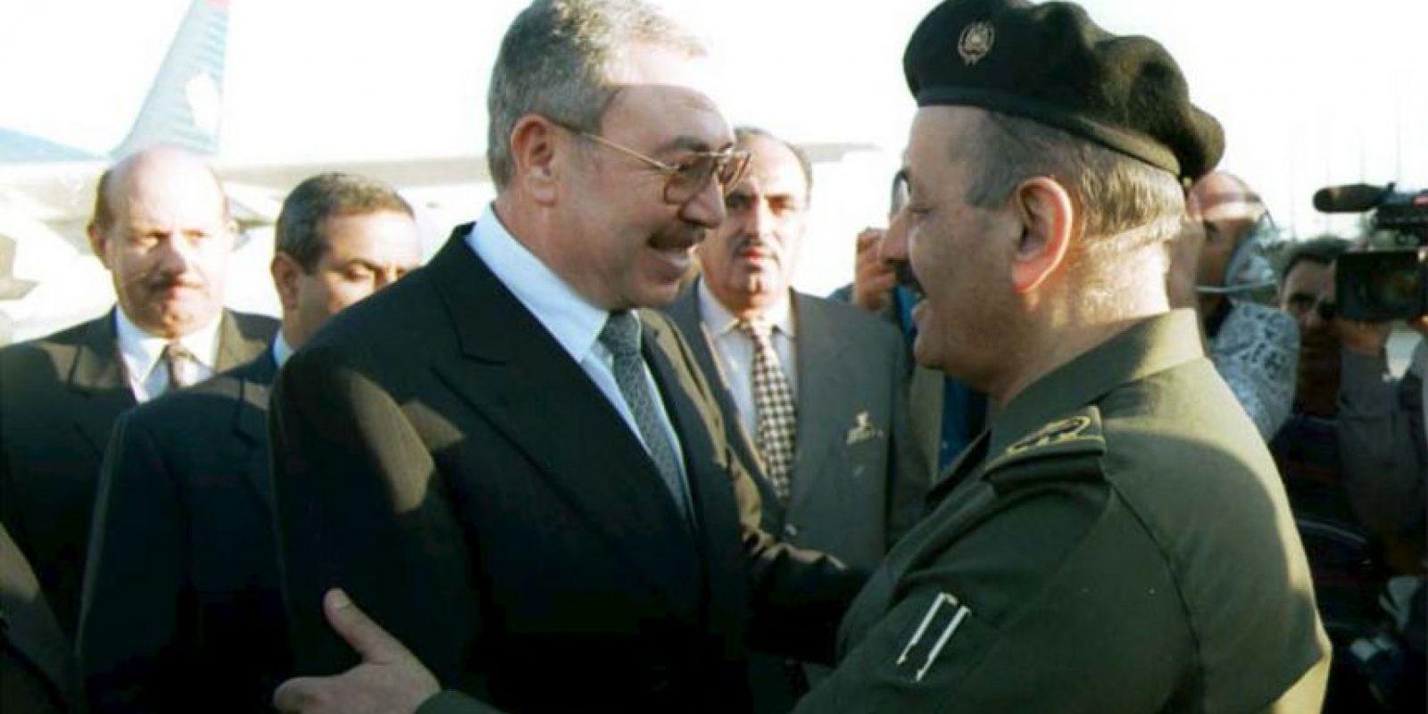 Ali Abu al-Ragheb (izq) exprimer ministro de Jordania. Foto:Getty Images