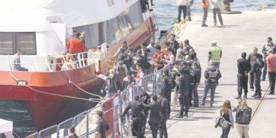 La Unión Europea inicia la expulsión de refugiados