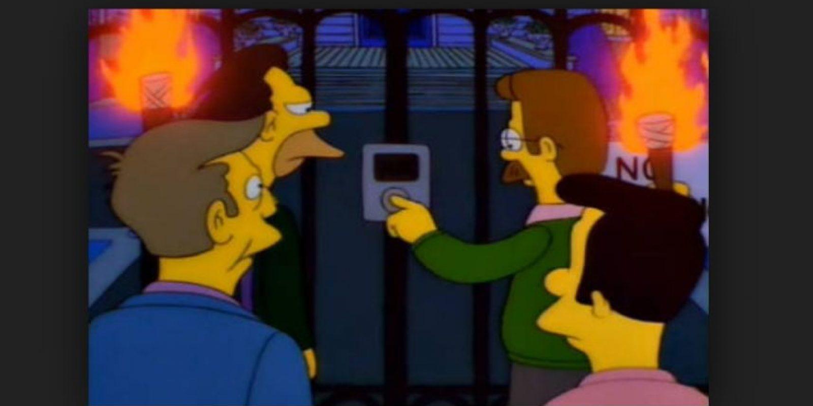 """En 1996, en el episodio """"Bart after dark"""", el intercomunicador de alta tecnología que se encuentra en la mansión del Sr. Burns es igual a los iPod de primera generación. Foto:Fox"""