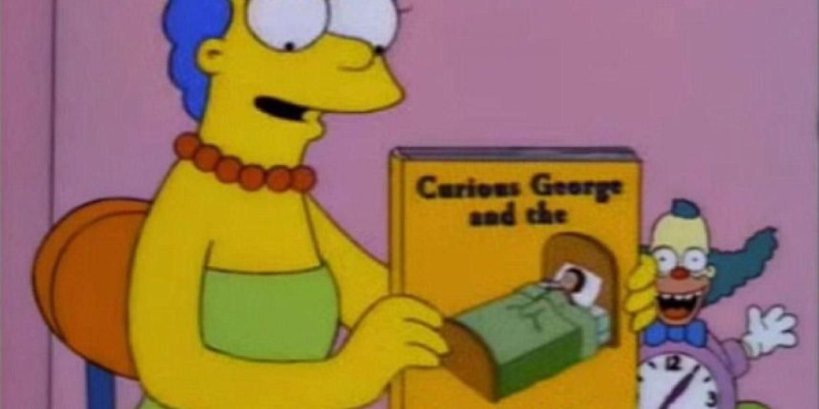"""En 1997, durante el episodio """"El saxo de lisa"""", Marge se acerca a Bart y le muestra un libro llamado """"George el curioso y el virus del Ebola"""". Años más tarde se presentó una epidemia en África Foto:Fox"""