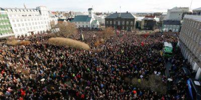 Primer ministro de Islandia deja el cargo tras las filtraciones