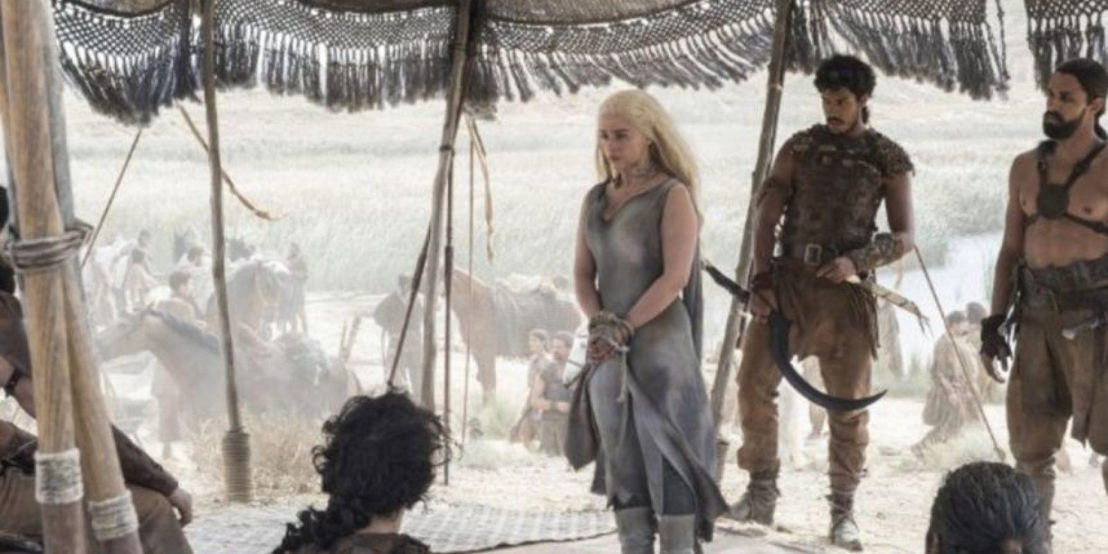 """Emilia Clarke es """"Daenerys Targaryen"""" Foto:IMBD"""