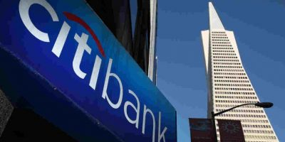 La mayoría de los bancos tienen web. Foto:Getty Images