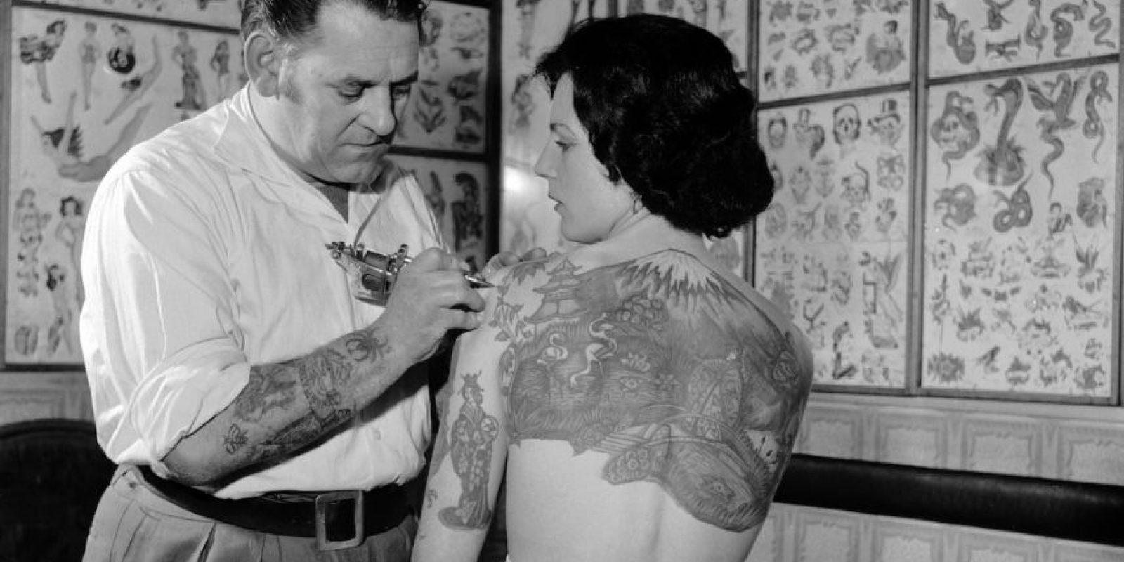 Un tatuaje es una modificación del color de la piel. Foto:Getty Images