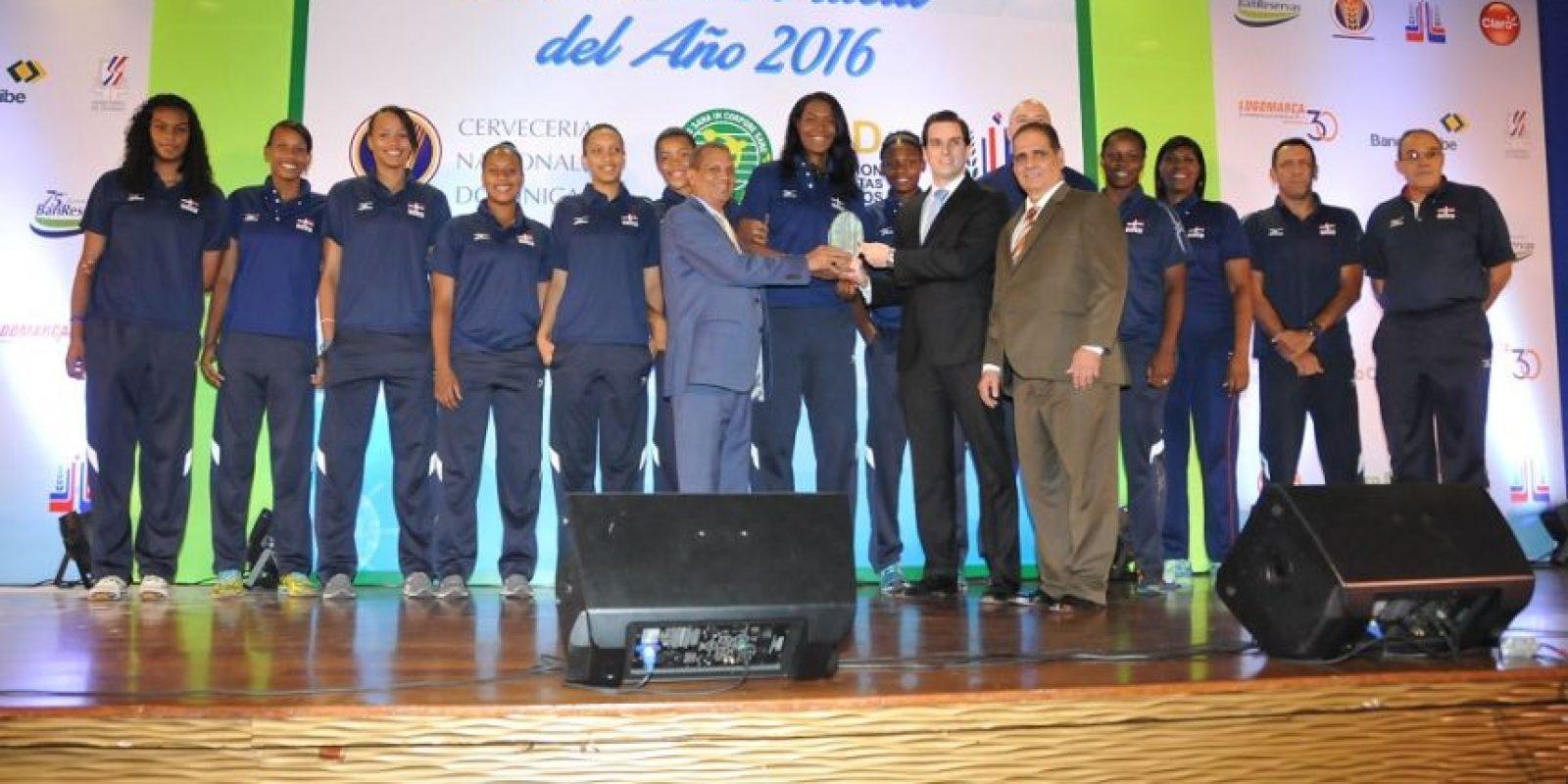 El equipo de voleibol femenino sub-20 fue reconocido. Foto:Roberto Guzmán