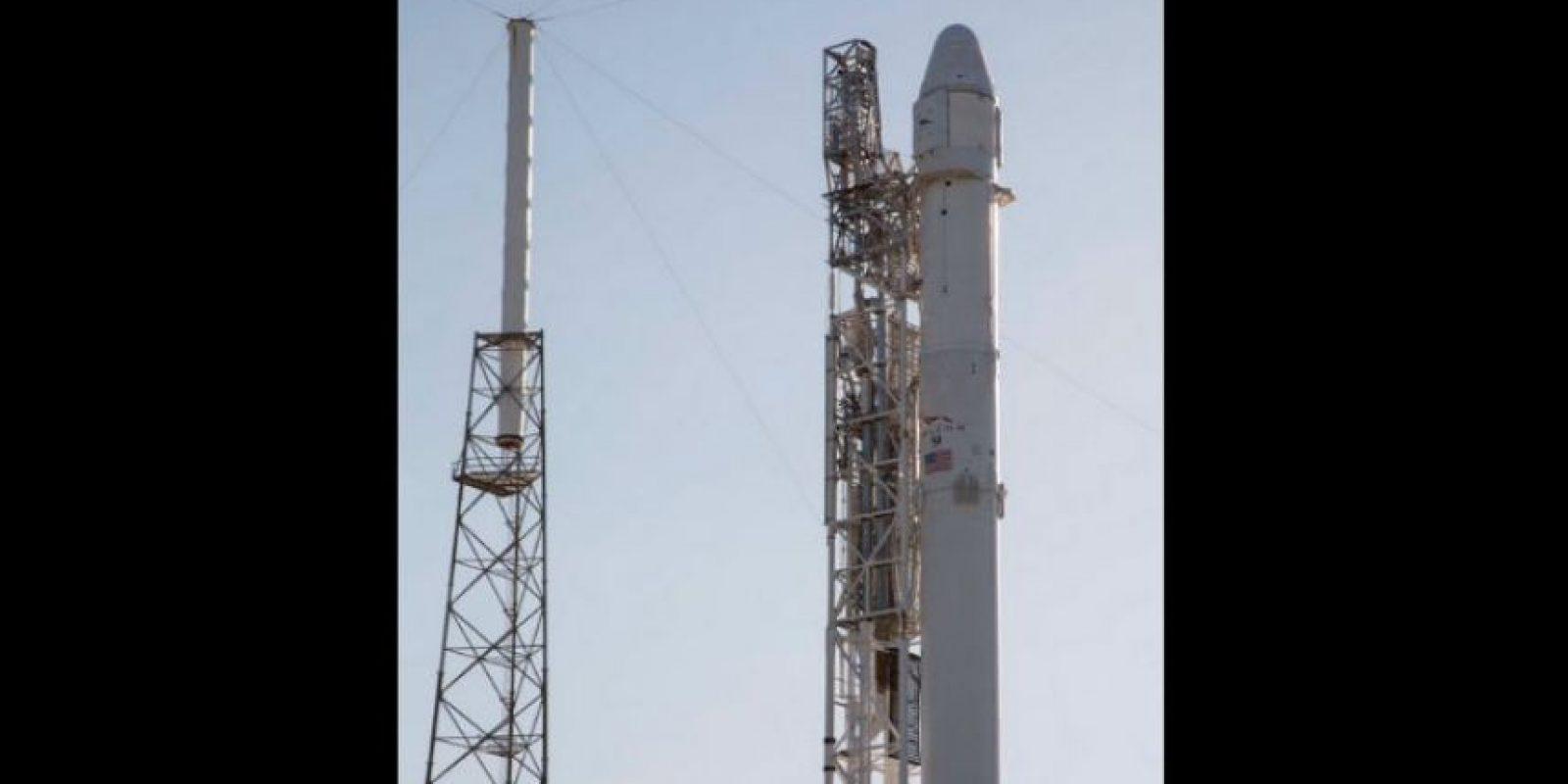 Ha desarrollado los cohetes Falcon 1 y Falcon 9, los cuales han sido construidos con la meta de ser vehículos de lanzamiento espacial reutilizables. Foto:twitter.com/SpaceX