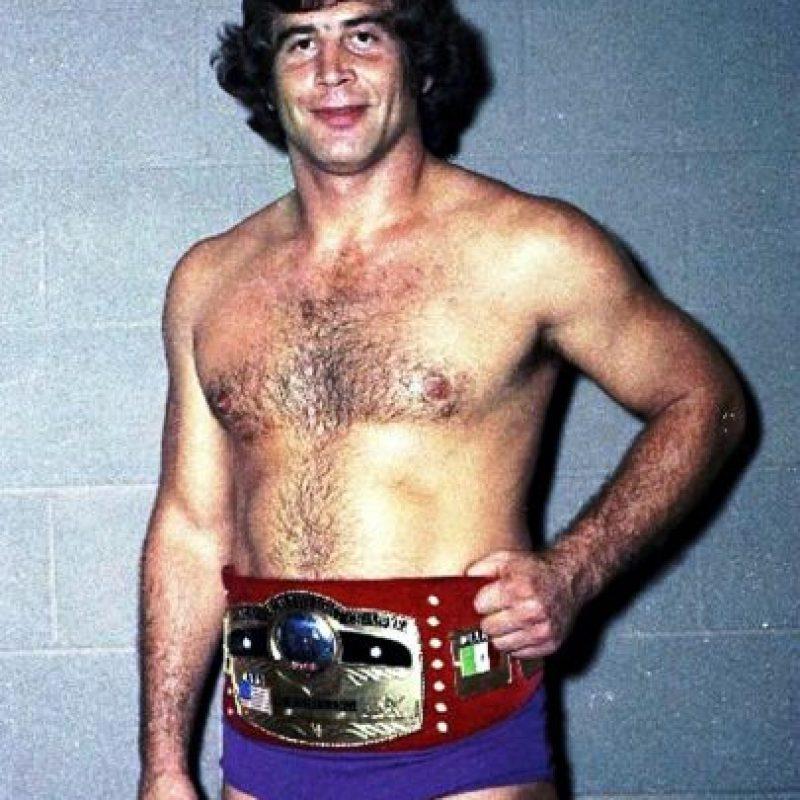 Jack Brisco. Entró al Salón de la Fama en 2008, junto a su hermano Gerald. Murió en febrero de 2010 Foto:WWE