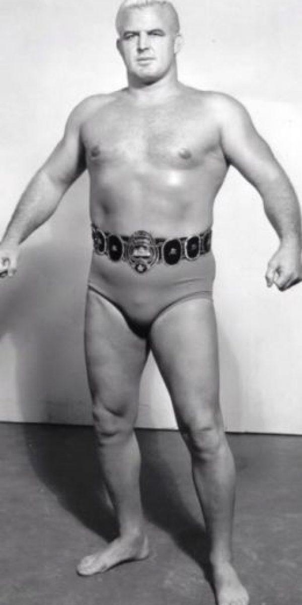 Eddie Graham. Entró al Salón de la Fama en 2008, luego de 28 años de que falleciera Foto:WWE