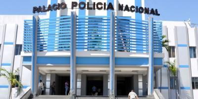 Policía detiene a dos personas con 320 paquetes de cocaína en Haina