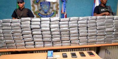 PN ocupa 320 paquetes de cocaína en Haina, San Cristóbal
