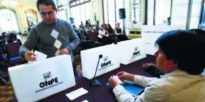 Perú debate quién enfrenta a Keiko en segunda vuelta