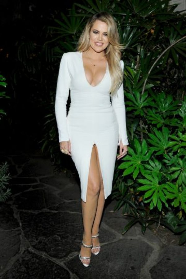 Khloé kardashian tramitó su divorcio desde 2013, pero debido al delicado estado de su aún esposo, decidió apoyarlo en cada momento de su recuperación. Foto:Getty Images