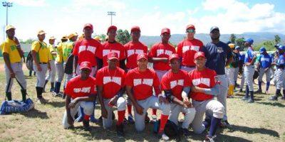 San Juan y San Lucas ganan doble en béisbol RBI Central Barahona