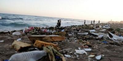 Ministerio Medio Ambiente anuncia plan de limpieza de playas en todo el país