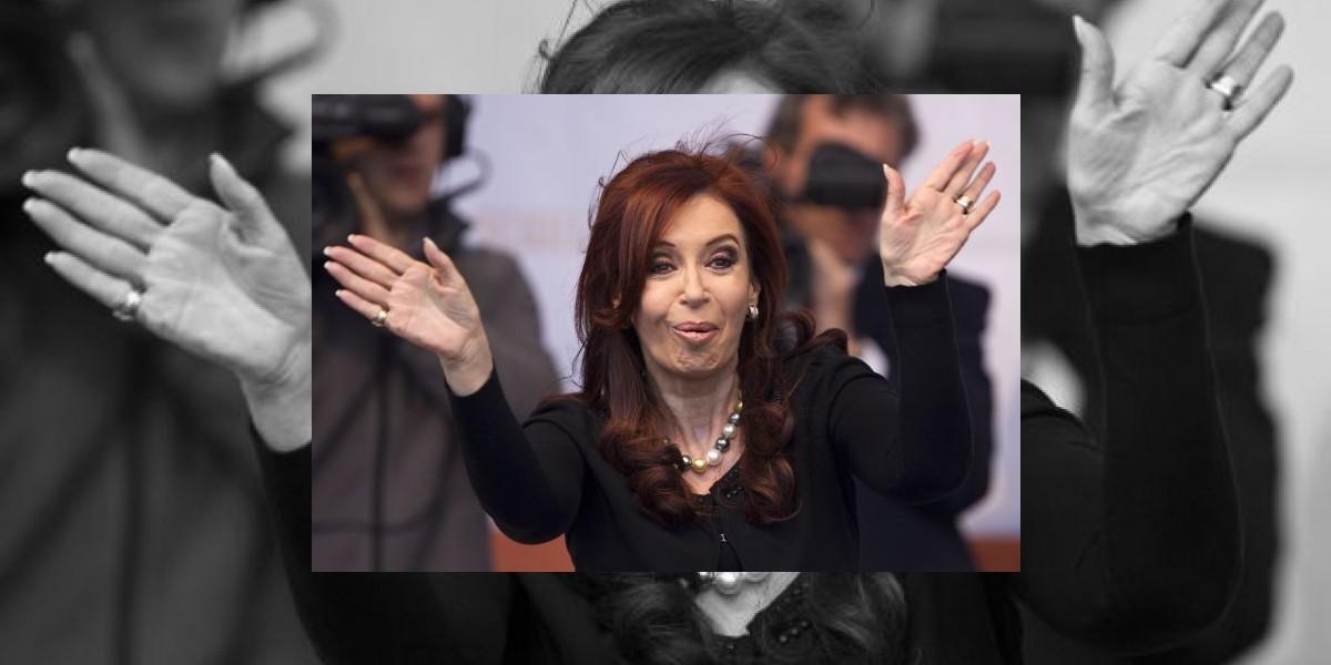 Cristina Fernández llegó a declarar a Buenos Aires entre vítores