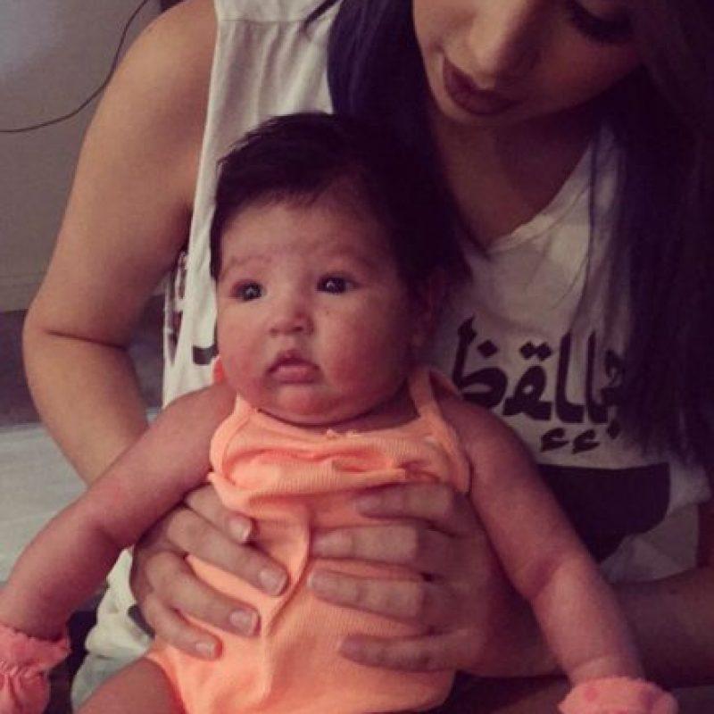 Hace poco fue madre. Foto:vía Instagram/jasminevillegas