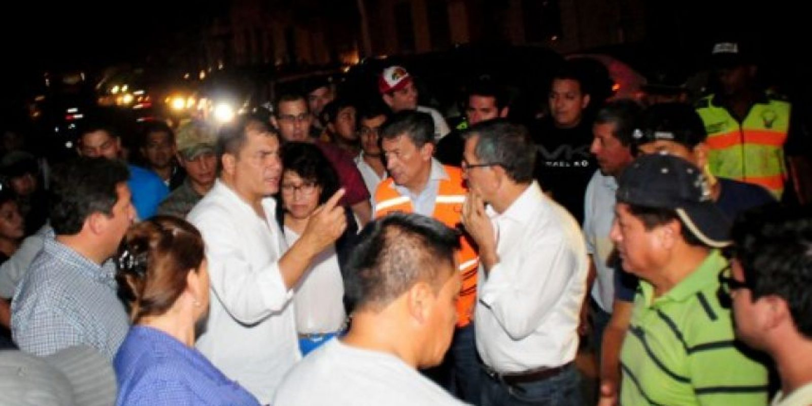 El presidente Rafael Correa ya dio palabras de apoyo a su pueblo. Foto:AFP