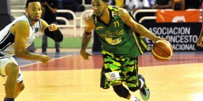 Basket DN. San Carlos gana a El Millón y se cita con Mauricio Báez