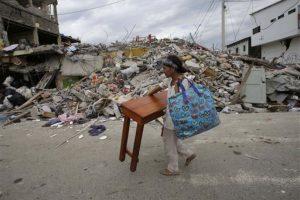 Ecuador quedó destruido Foto:AP