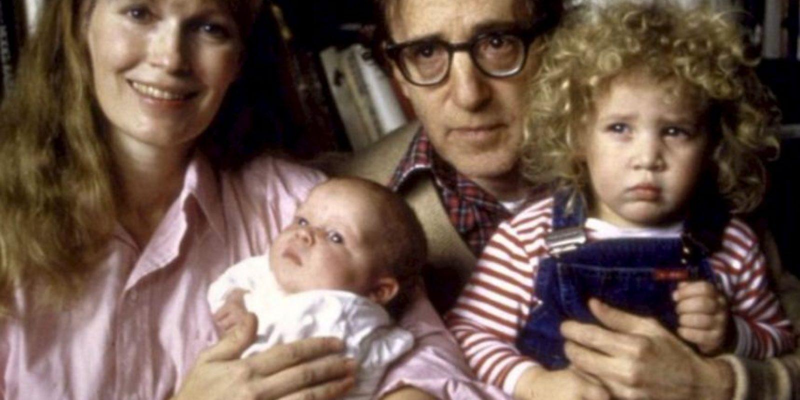 Woody Allen: al famoso director ya le han salpicado los escándalos. Se casó con una de sus hijas adoptivas, y otra hija adoptiva suya, Dylan Farrow, lo acusó de haber abusado de ella. Foto:vía Getty Images