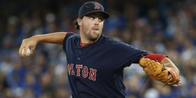 Boston asciende desde Triple-A a Heath Hembree