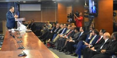 JCE presenta a diplomáticos dispositivos para elecciones