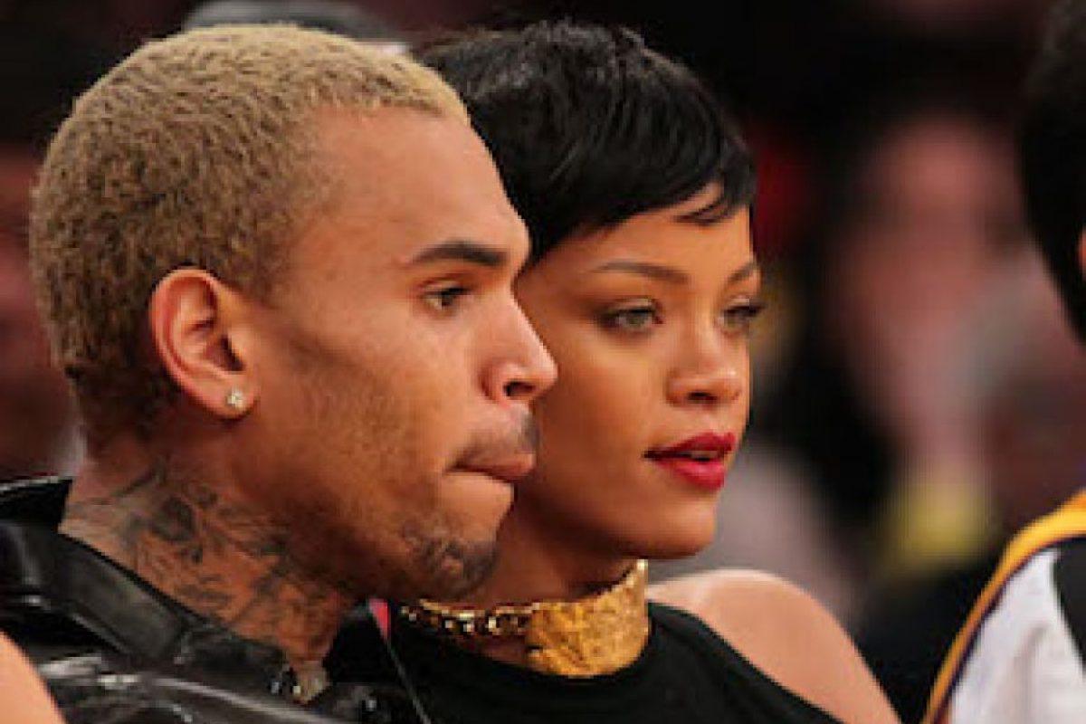 En 2009 Chris Brown golpeó sádicamente a Rihanna. Foto:Getty Images