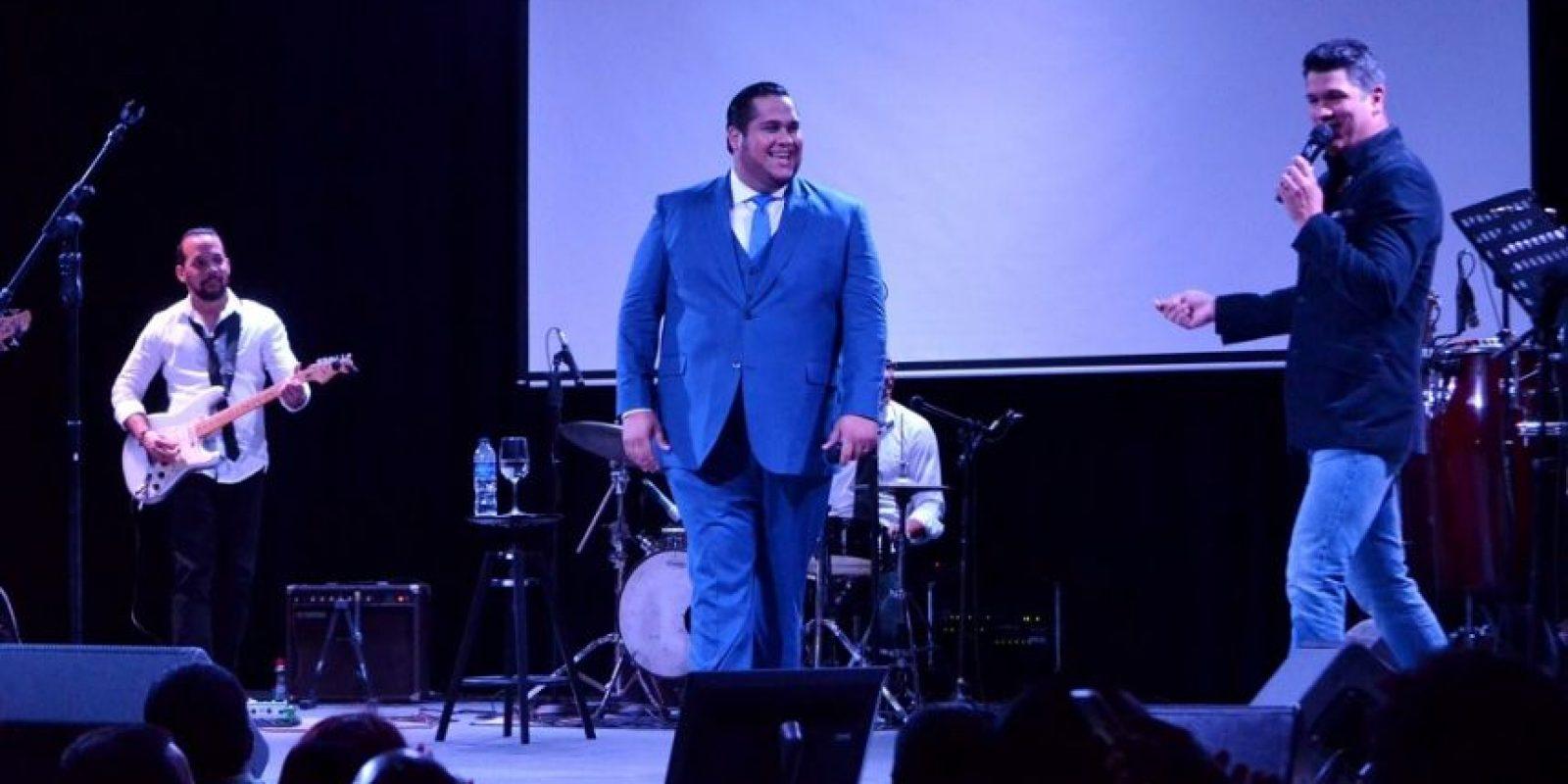 Juan Carlos Pichardo y Eddy Herrera, ovacionados por el público. Foto:ELVYS JOE