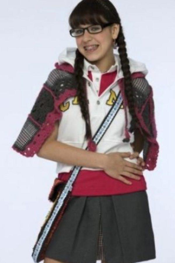 """Danna Paola. Este fue el look de la actriz mexicana en la serie """"Atrévete a Soñar"""" Foto:Televisa"""