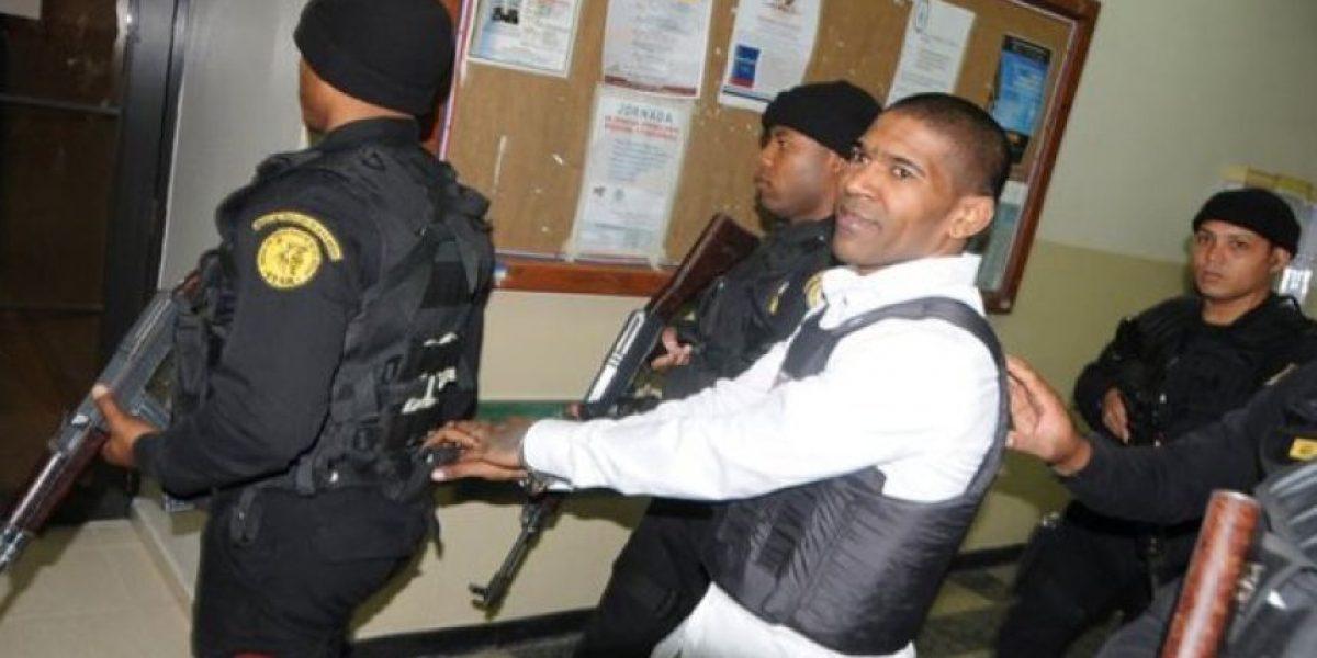 Omega seguirá en prisión; dice que ha perdido mucho dinero