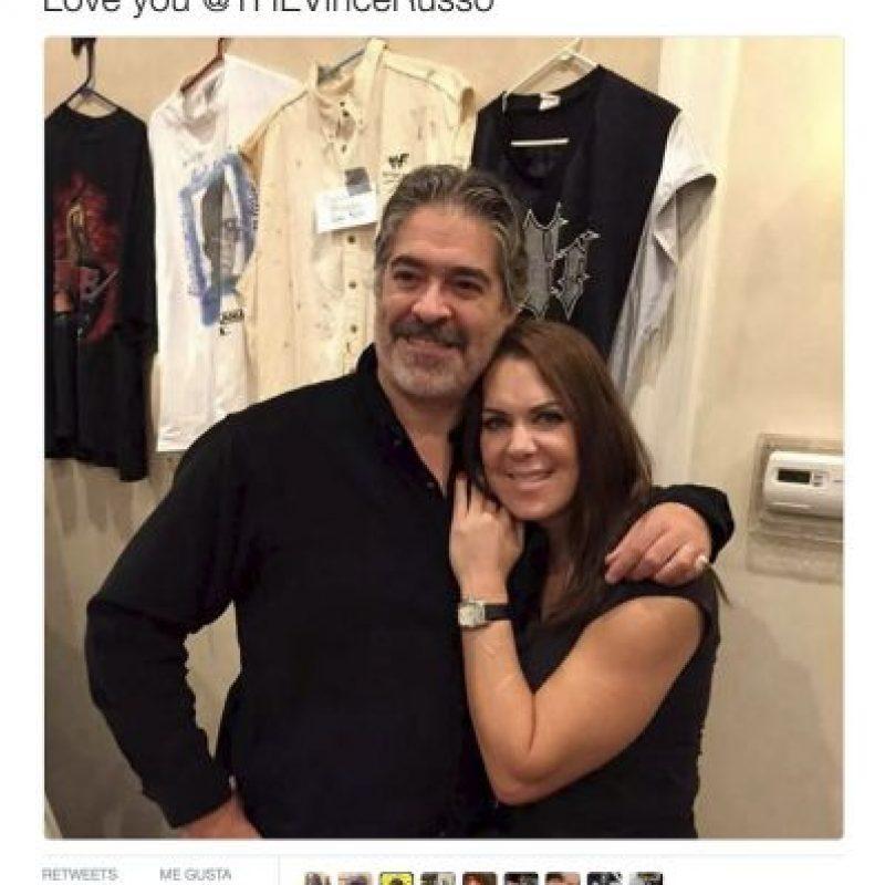 """Te amo, Vince The Russo"". Foto:Twitter.com/ChynaJoanLaurer"