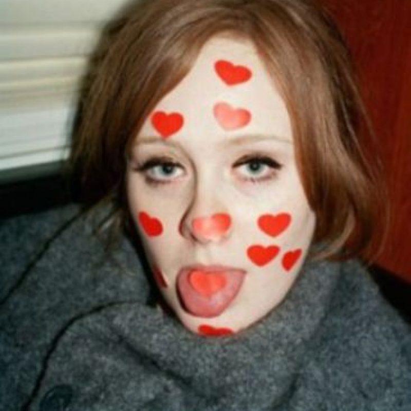 Estas fueron algunas fotos que el exnovio de Adele filtró en Internet Foto:Vía alexsturrock.com