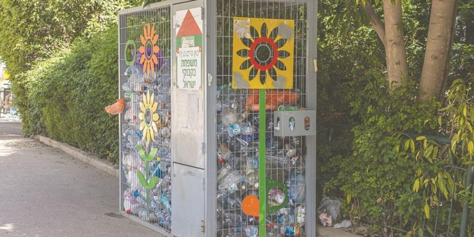 6- Israel con el reciclaje como prioridad. Colocado en el tope de los países de medio este y norte de África, Israel continúa adelantando medidas ambientales a través del Ministerio de Protección del Medio Ambiente, principalmente para reducir la cantidad de desperdicios sólidos, aumentar el reciclaje y reducir contaminantes que afectan el aire.