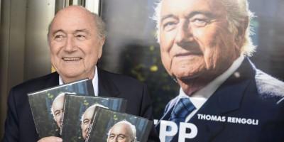 Joseph Blatter presenta su biografía