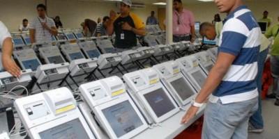 "Candidatos ""enfrentados"" por escrutinio de los votos"