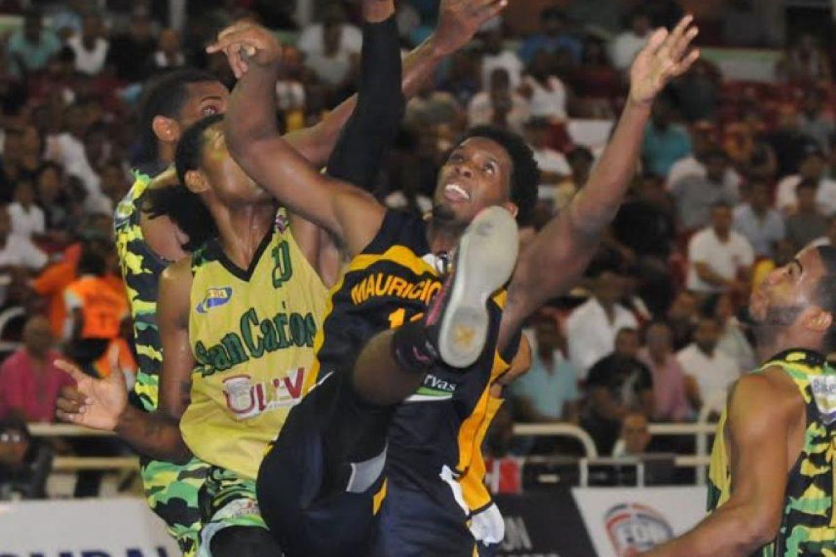 Jugadores de Mauricio Báez y San Carlos Foto:Fuente Externa
