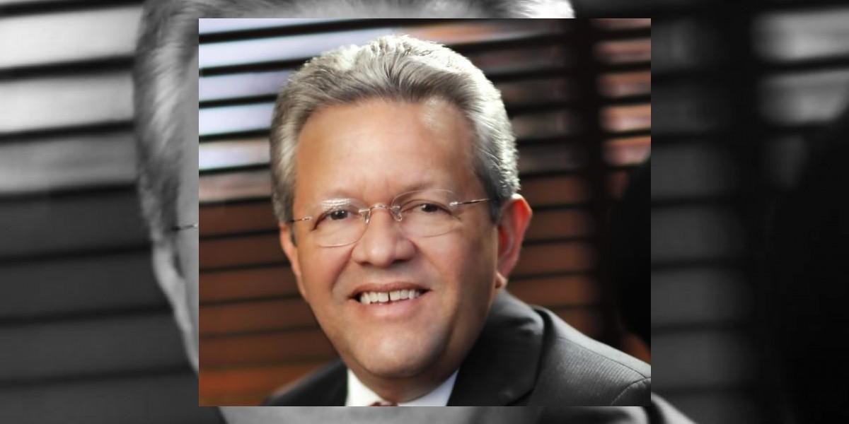 Salazar denuncia que utilizan fondos del Bandex para defender a Quique Antún