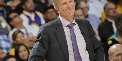 Steve Kerr, mejor entrenador del año
