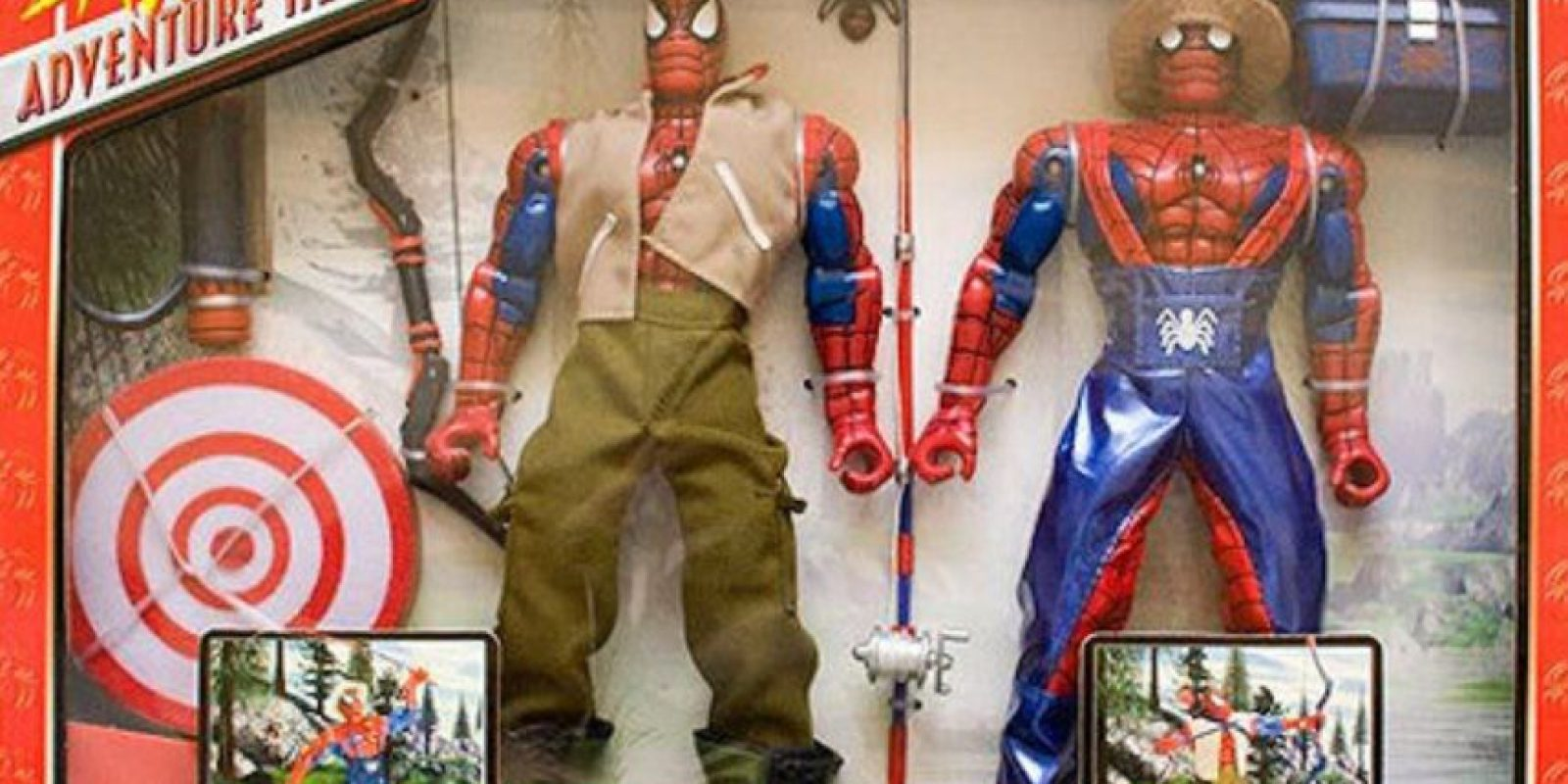 Spiderman en la granja. Foto: vía Tumblr/ Bootleg Action Figures