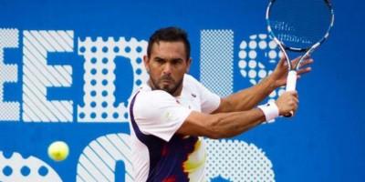 Víctor Estrella desciende hasta el lugar 82 en el ranking ATP