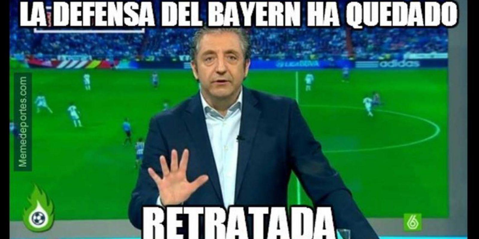 """Que """"retrató"""" a la defensa del Bayern. Foto:memedeportes.com"""